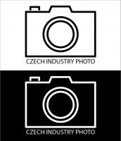 Logo by risuvrnk